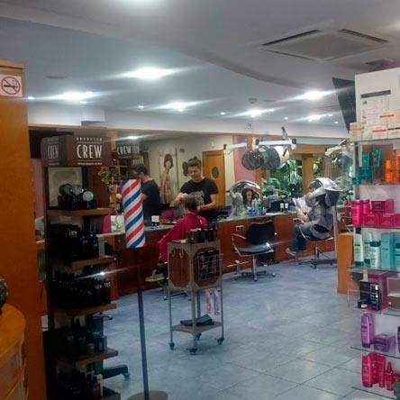 interior-peluqueria-cerdanyola-rafael-escuder